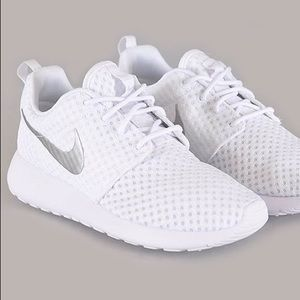 Roshe Run Breeze sneakers